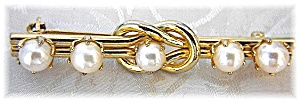 Gold and Cultured  Pearl Bar Brooch (Image1)