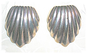 Sterling Silver Vintage Shell Clip Earrings (Image1)