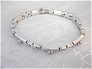 Sterling Silver & Bezel Set CZ Bracelet (Image1)