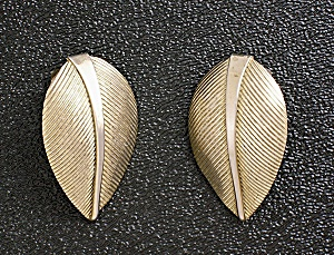 Earrings Napier Sterling Silver Gold Vermeil Leaf Clip  (Image1)
