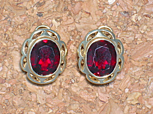 Earrings 10K Yellow Gold 3ct Each Garnet FrenchEarrings (Image1)
