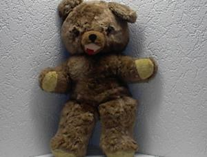 A Big Huggable Smiling 26 Inch Teddy Bear. (Image1)