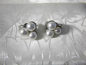 Silver and Pearl Clip Earrings JAPAN (Image1)