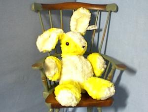 Old Plush Musical 'Character' Rabbitt (Image1)