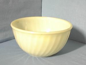 Fire King Mixing Bowl Ivory Large