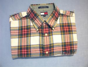 Long Sleeved XL TOMMY HILFIGER Plaid Shirt. (Image1)