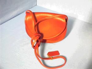 Red COACH Leather Shoulder Bag As New (Image1)