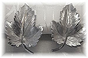 WELLS Sterling Silver Leaf Earrings (Image1)