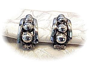 Fabulous Vintage DANECRAFT Clip Earrings (Image1)