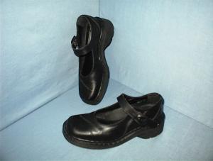 DOC MARTEN Ladies Black  Buckle SHOES UK 5 (Image1)