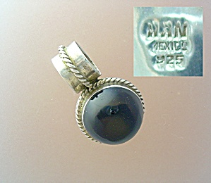 Sterling Silver Black Onyx Pendant Signed NAN (Image1)