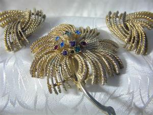 Rhinestone Brooch  Earrings SARAH COVENTRY (Image1)