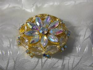 Crystal Gold Tone Borealis  Flower Brooch (Image1)