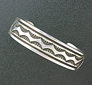 Native American Mary & Ken Bill Sterling Silver Cuff US (Image1)