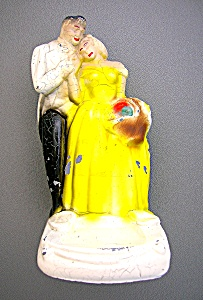 VINTAGE Metal NAUGHTY COUPLE figurine (Image1)