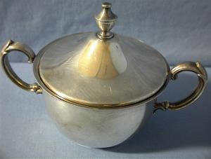 Covered Silverplate Sugar Bowl (Image1)