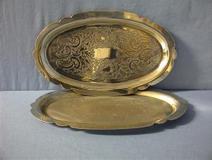 2 Scrolled Silver Plate Dishes (Image1)