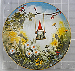 Vintage Gnome Little Swinger  Plate 13731 of 15000 (Image1)