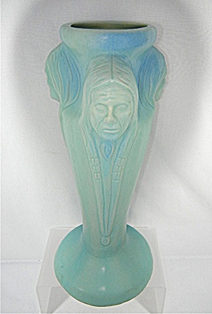 Van Briggle 3 Indian Head Vase USA (Image1)