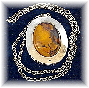 Sterling Silver & Amber Necklace Made in Denmark (Image1)