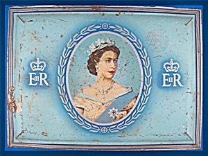 1953 Capstan Cigarettes Tin Queen Elizabeth II Coronati (Image1)