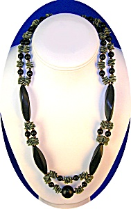 Green Plastic Lucite and Black Jet Glass Necklace (Image1)