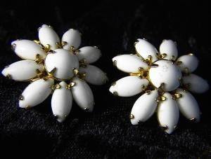 Claw Set White Glass Flower Clip Earrings (Image1)