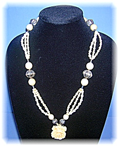 Vintage Bone Ivory Bead Necklace Flower Pendant