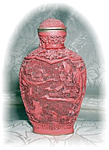 CINNABAR CHINESE SNUFF BOTTLE (Image1)