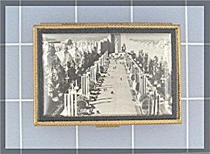 Compact Souvenier Scene Powder USA (Image1)