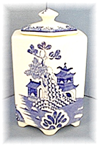 6 Sided English MASONS Blue Willow Jar (Image1)