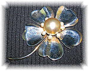 4 Inch Sterling Silver Foux Pearl Brooch (Image1)