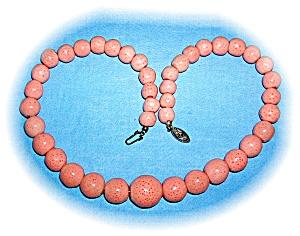 Sponge Coral Pink Graduatedd Bead Necklace (Image1)