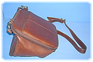 HOBO Purse Organizer Over The Shoulder, Brown Leather (Image1)