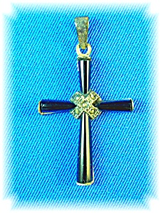 Vintge Sterling Silver and Black Onyx Cross Pendant (Image1)