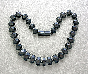Bakelite Black Faceted Antique Beads (Image1)
