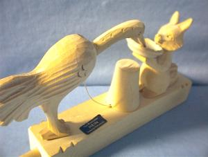 Hand Made Wooden Bird & Animal Carving (Image1)