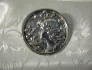1920 Hallmarked Art Deco Silver Cameo Brooch (Image1)