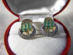 Earrings 14K Gold Pave Diamond  Emerald  French Back  (Image1)