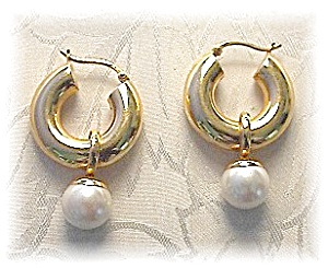 Earrings 14K Gold Hoop Detatchable  Pearl Dangle    (Image1)