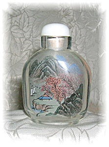 SNUFF BOTTLE with Reverse painting (Image1)