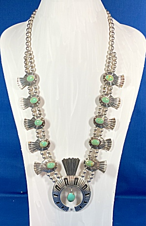 TOMMY SINGER  Gaspeite  Sterling Silver Squash Blossom (Image1)