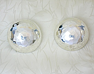 Stering Silver Mexico HOB Dimpled Clip Earrings. (Image1)