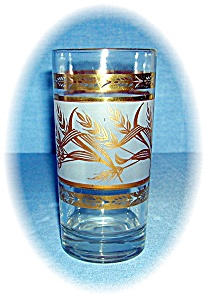 VINTAGE GOLD WHEAT PATTERN TUMBLERS (Image1)