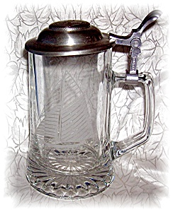 STEIN GLASS GERMAN BEER  WITH LID (Image1)