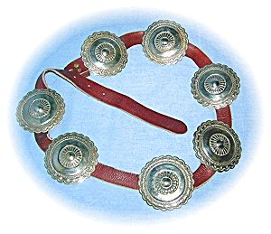 7 Very Large Silver Conchos On Leather Belt (Image1)