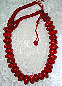 Coral Bead Old Necklace (Image1)