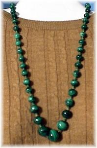 Graduated Striped Malachite Bead Necklace (Image1)