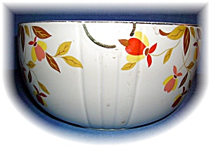 Hall's Superior Quality Mixing Bowl 9 Inch 3 1/2 Quart (Image1)