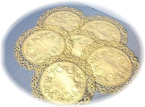 Linen Doilies 12  Hand Made Tatting (Image1)